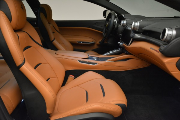 Used 2017 Ferrari GTC4Lusso for sale Sold at Pagani of Greenwich in Greenwich CT 06830 20