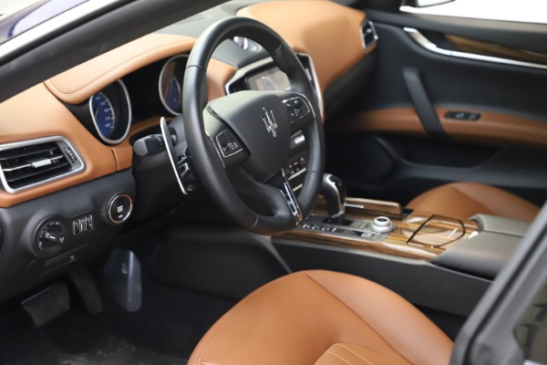 Used 2018 Maserati Ghibli S Q4 for sale $53,900 at Pagani of Greenwich in Greenwich CT 06830 14