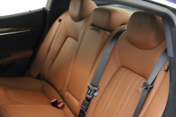 Used 2018 Maserati Ghibli S Q4 for sale $53,900 at Pagani of Greenwich in Greenwich CT 06830 20