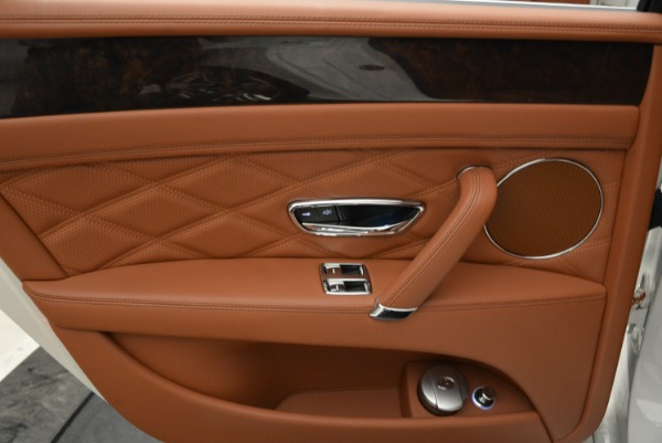 Used 2014 Bentley Flying Spur W12 for sale Sold at Pagani of Greenwich in Greenwich CT 06830 26