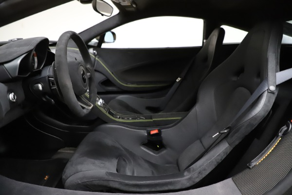 Used 2016 McLaren 675LT Coupe for sale $225,900 at Pagani of Greenwich in Greenwich CT 06830 16