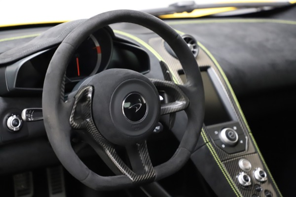 Used 2016 McLaren 675LT Coupe for sale $225,900 at Pagani of Greenwich in Greenwich CT 06830 18