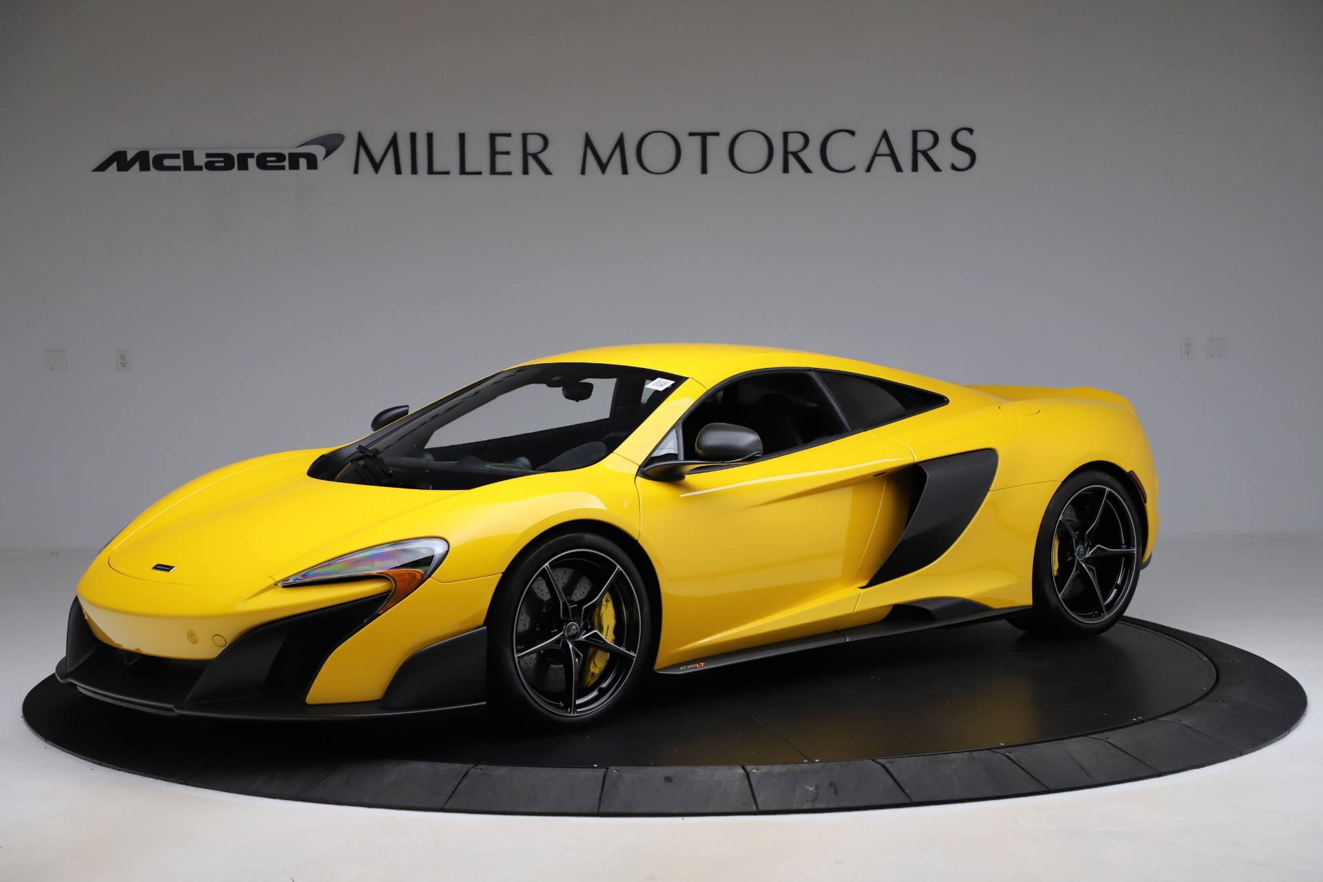 Used 2016 McLaren 675LT for sale $225,900 at Pagani of Greenwich in Greenwich CT 06830 1