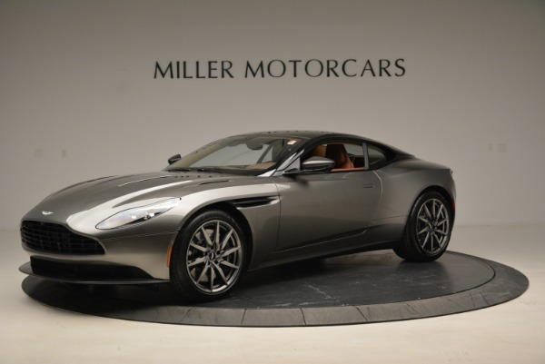 Used 2018 Aston Martin DB11 V12 for sale $169,990 at Pagani of Greenwich in Greenwich CT 06830 2