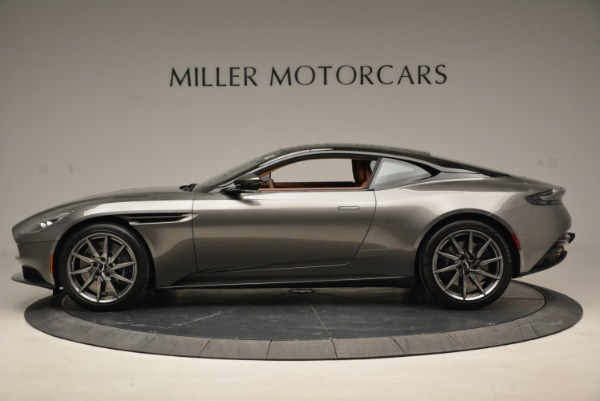 Used 2018 Aston Martin DB11 V12 for sale $169,990 at Pagani of Greenwich in Greenwich CT 06830 3