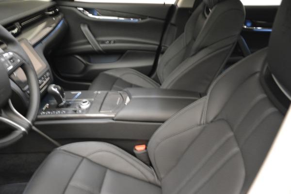 Used 2018 Maserati Quattroporte S Q4 Gransport for sale $66,900 at Pagani of Greenwich in Greenwich CT 06830 13