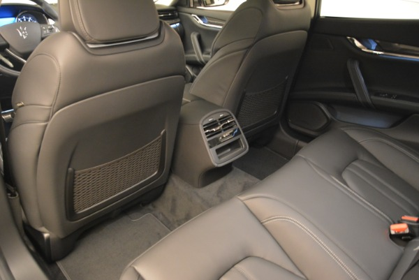 Used 2018 Maserati Quattroporte S Q4 Gransport for sale $66,900 at Pagani of Greenwich in Greenwich CT 06830 16