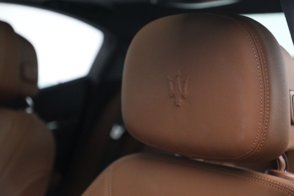 Used 2018 Maserati Ghibli S Q4 for sale $54,900 at Pagani of Greenwich in Greenwich CT 06830 16