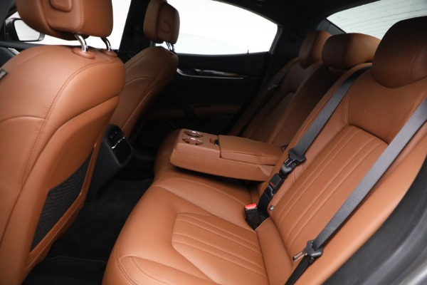 Used 2018 Maserati Ghibli S Q4 for sale $54,900 at Pagani of Greenwich in Greenwich CT 06830 22