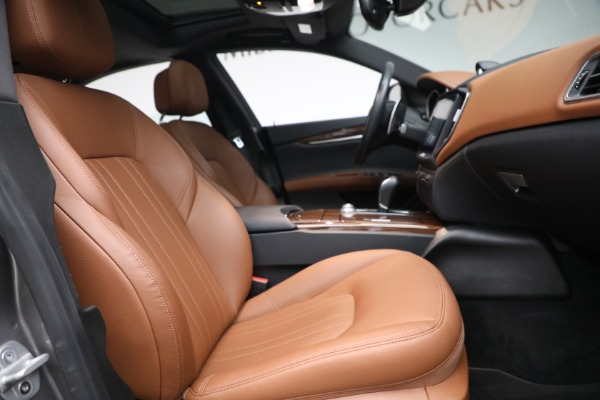 Used 2018 Maserati Ghibli S Q4 for sale $54,900 at Pagani of Greenwich in Greenwich CT 06830 26