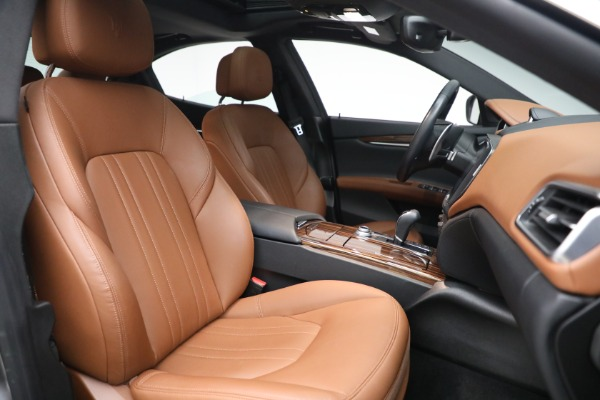 Used 2018 Maserati Ghibli S Q4 for sale $54,900 at Pagani of Greenwich in Greenwich CT 06830 27