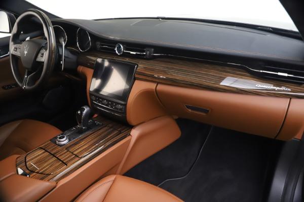 Used 2018 Maserati Quattroporte S Q4 GranLusso for sale $65,900 at Pagani of Greenwich in Greenwich CT 06830 23
