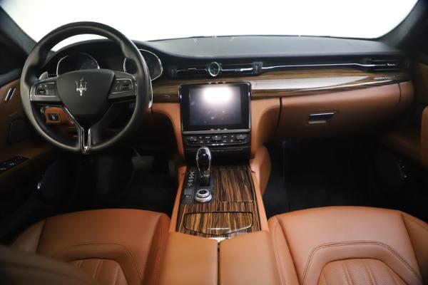 Used 2018 Maserati Quattroporte S Q4 GranLusso for sale $65,900 at Pagani of Greenwich in Greenwich CT 06830 27