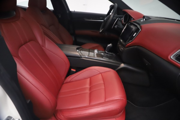 Used 2018 Maserati Ghibli S Q4 GranSport for sale Call for price at Pagani of Greenwich in Greenwich CT 06830 23