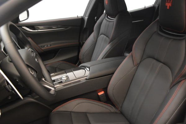 Used 2018 Maserati Ghibli S Q4 Gransport for sale $55,900 at Pagani of Greenwich in Greenwich CT 06830 16
