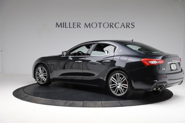 Used 2018 Maserati Ghibli S Q4 Gransport for sale $55,900 at Pagani of Greenwich in Greenwich CT 06830 4