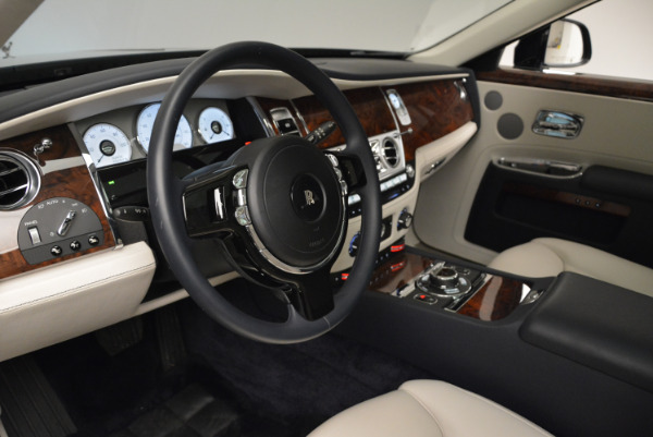 Used 2015 Rolls-Royce Ghost for sale Sold at Pagani of Greenwich in Greenwich CT 06830 21
