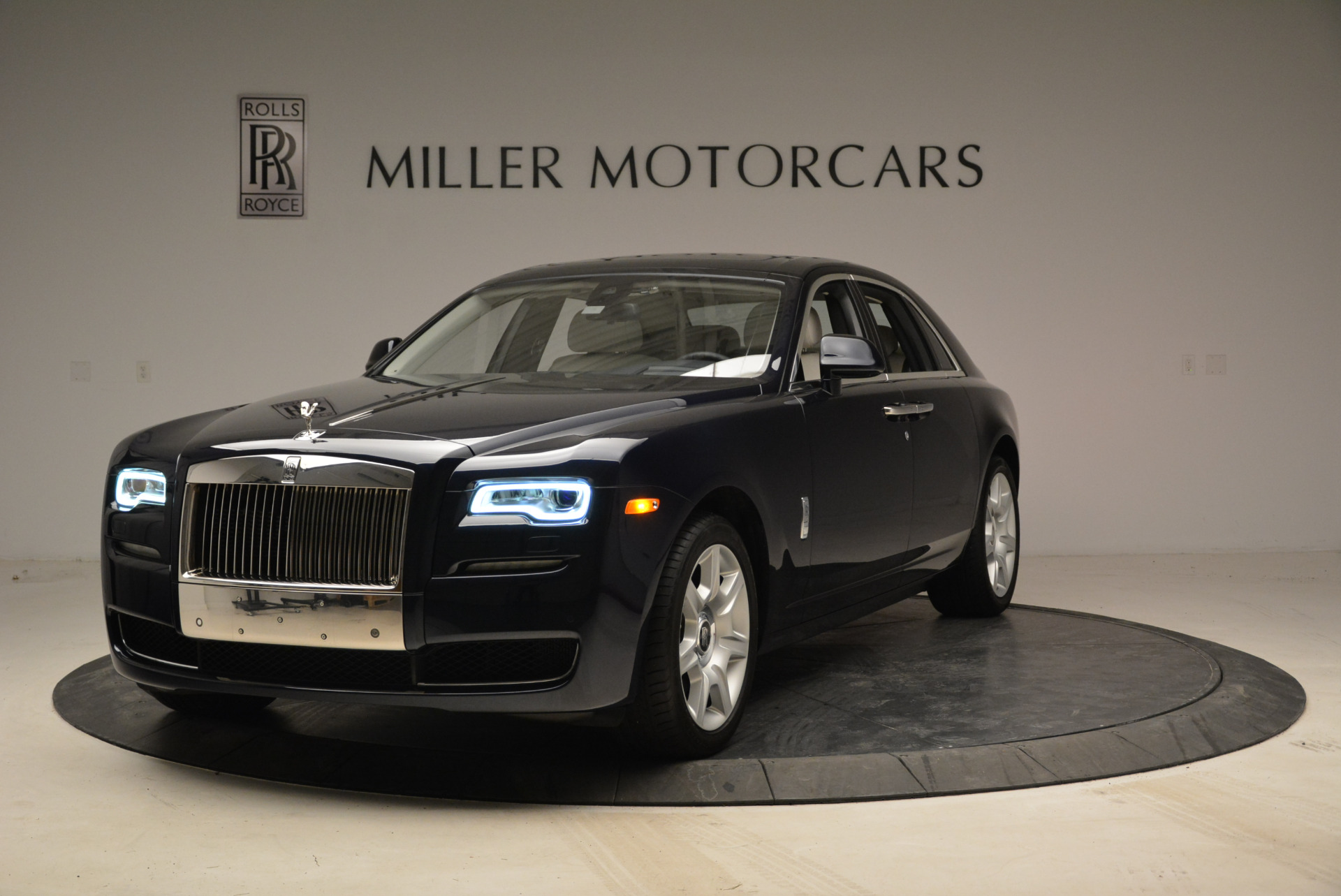 Used 2015 Rolls-Royce Ghost for sale Sold at Pagani of Greenwich in Greenwich CT 06830 1