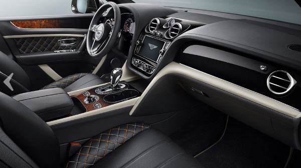 New 2018 Bentley Bentayga Mulliner for sale Sold at Pagani of Greenwich in Greenwich CT 06830 13
