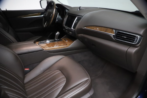 Used 2018 Maserati Levante S Q4 GranLusso for sale $67,900 at Pagani of Greenwich in Greenwich CT 06830 20
