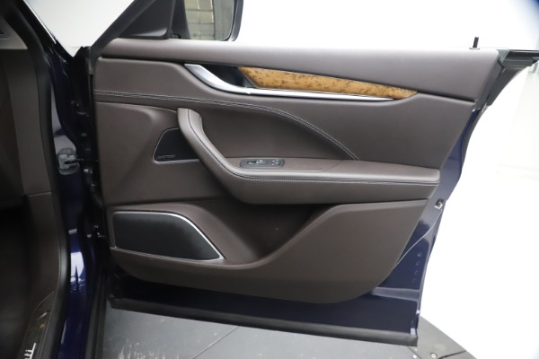 Used 2018 Maserati Levante S Q4 GranLusso for sale $67,900 at Pagani of Greenwich in Greenwich CT 06830 22