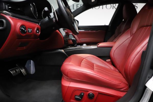 Used 2018 Maserati Quattroporte S Q4 GranSport for sale $67,900 at Pagani of Greenwich in Greenwich CT 06830 14