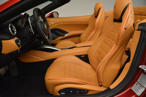 Used 2015 Ferrari California T for sale Sold at Pagani of Greenwich in Greenwich CT 06830 26