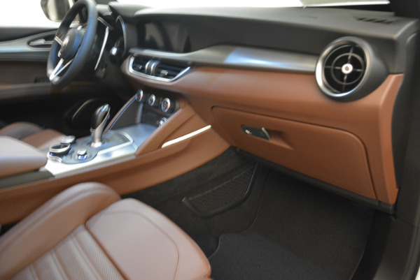 New 2018 Alfa Romeo Stelvio Ti Sport Q4 for sale Sold at Pagani of Greenwich in Greenwich CT 06830 19