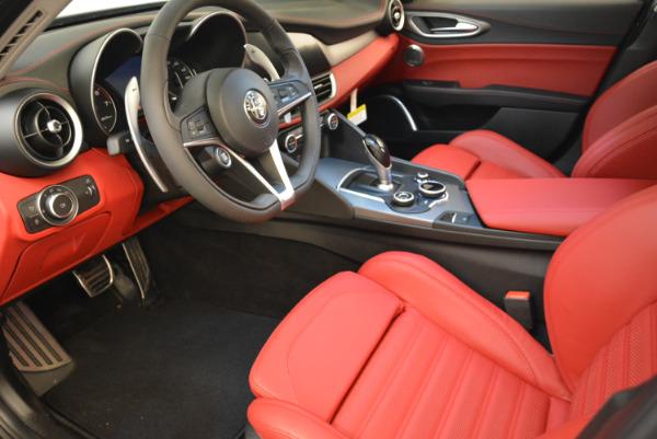 New 2018 Alfa Romeo Giulia Ti Sport Q4 for sale Sold at Pagani of Greenwich in Greenwich CT 06830 13