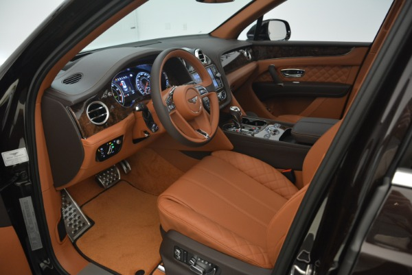 Used 2018 Bentley Bentayga W12 Signature for sale Call for price at Pagani of Greenwich in Greenwich CT 06830 21