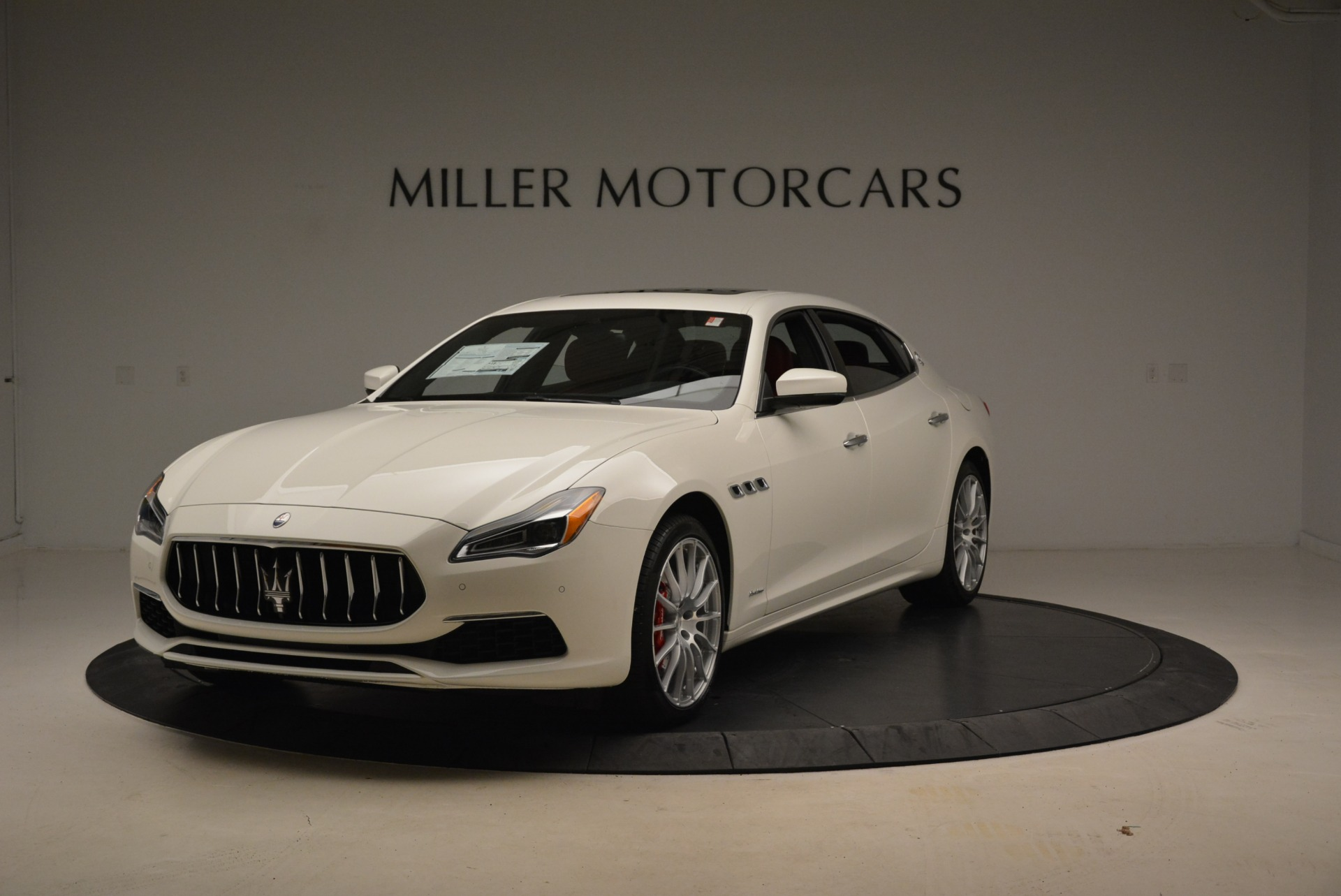 New 2018 Maserati Quattroporte S Q4 GranLusso for sale Sold at Pagani of Greenwich in Greenwich CT 06830 1