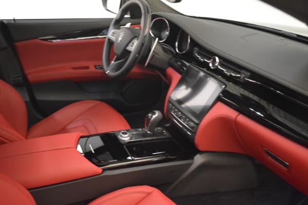 New 2018 Maserati Quattroporte S Q4 GranLusso for sale Sold at Pagani of Greenwich in Greenwich CT 06830 27