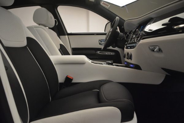 Used 2017 Rolls-Royce Ghost Black Badge for sale Sold at Pagani of Greenwich in Greenwich CT 06830 28