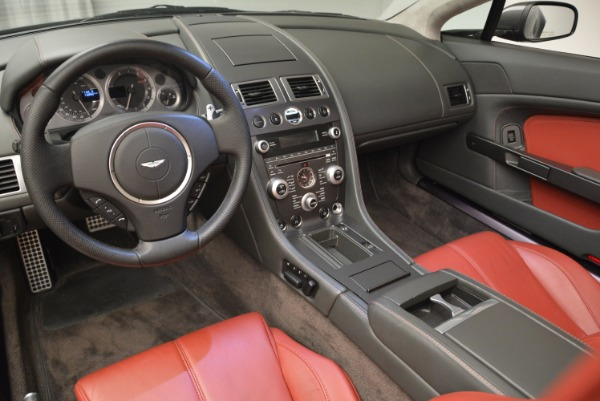 Used 2009 Aston Martin V8 Vantage Roadster for sale Sold at Pagani of Greenwich in Greenwich CT 06830 26