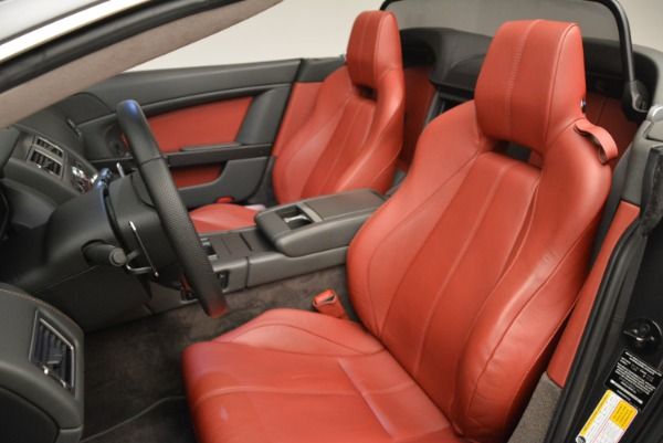 Used 2009 Aston Martin V8 Vantage Roadster for sale Sold at Pagani of Greenwich in Greenwich CT 06830 28