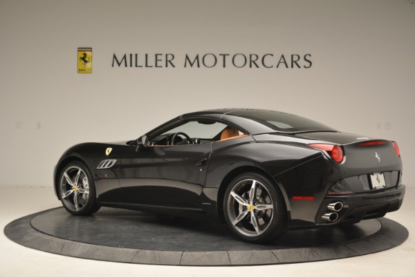 Used 2014 Ferrari California 30 for sale Sold at Pagani of Greenwich in Greenwich CT 06830 16