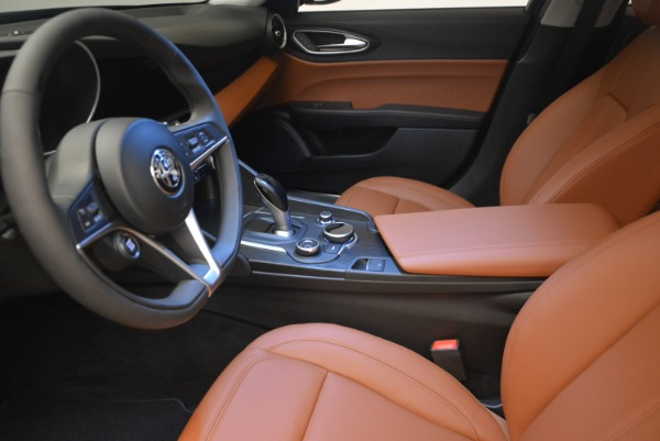 New 2018 Alfa Romeo Giulia Q4 for sale Sold at Pagani of Greenwich in Greenwich CT 06830 14