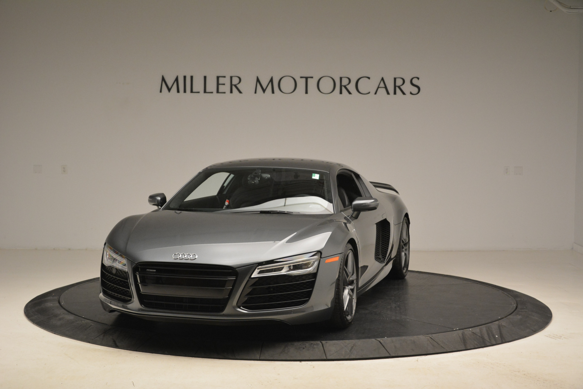 Used 2014 Audi R8 5.2 quattro for sale Sold at Pagani of Greenwich in Greenwich CT 06830 1