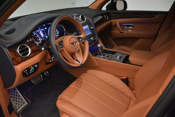 Used 2018 Bentley Bentayga W12 Signature for sale Sold at Pagani of Greenwich in Greenwich CT 06830 17