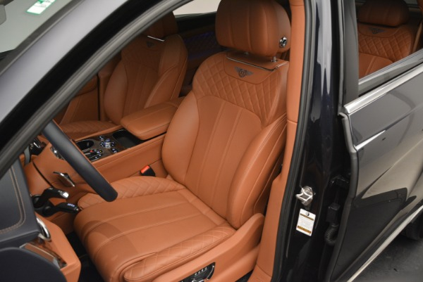 Used 2018 Bentley Bentayga W12 Signature for sale Sold at Pagani of Greenwich in Greenwich CT 06830 18