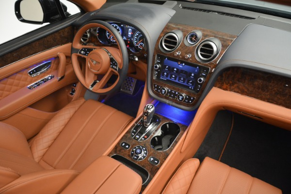 Used 2018 Bentley Bentayga W12 Signature for sale Sold at Pagani of Greenwich in Greenwich CT 06830 27