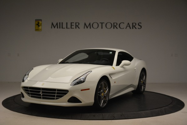 Used 2015 Ferrari California T for sale Sold at Pagani of Greenwich in Greenwich CT 06830 13