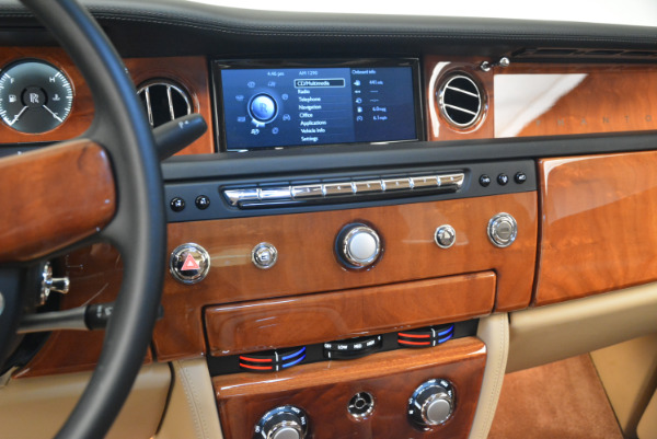 Used 2013 Rolls-Royce Phantom for sale Sold at Pagani of Greenwich in Greenwich CT 06830 16