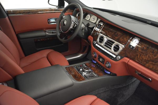 Used 2016 Rolls-Royce Ghost for sale $176,900 at Pagani of Greenwich in Greenwich CT 06830 23
