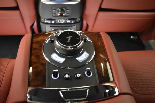Used 2016 Rolls-Royce Ghost for sale $176,900 at Pagani of Greenwich in Greenwich CT 06830 27