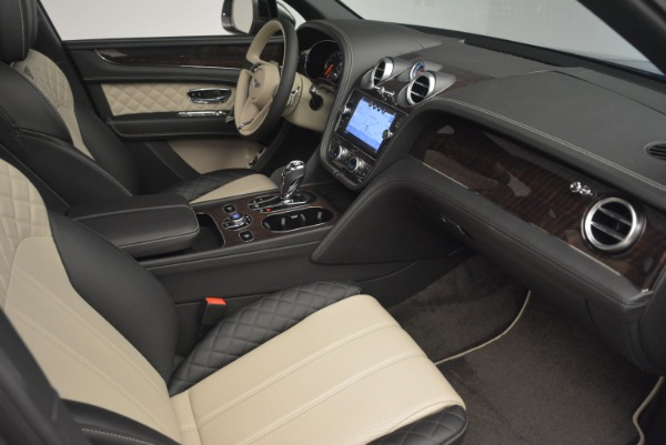 Used 2018 Bentley Bentayga Activity Edition for sale $154,900 at Pagani of Greenwich in Greenwich CT 06830 23