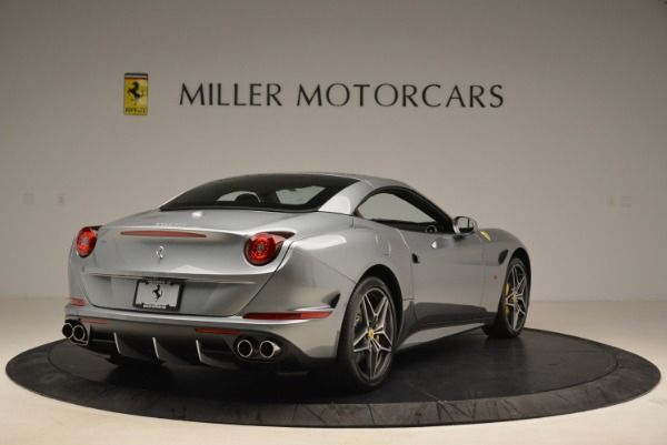 Used 2018 Ferrari California T for sale Sold at Pagani of Greenwich in Greenwich CT 06830 19