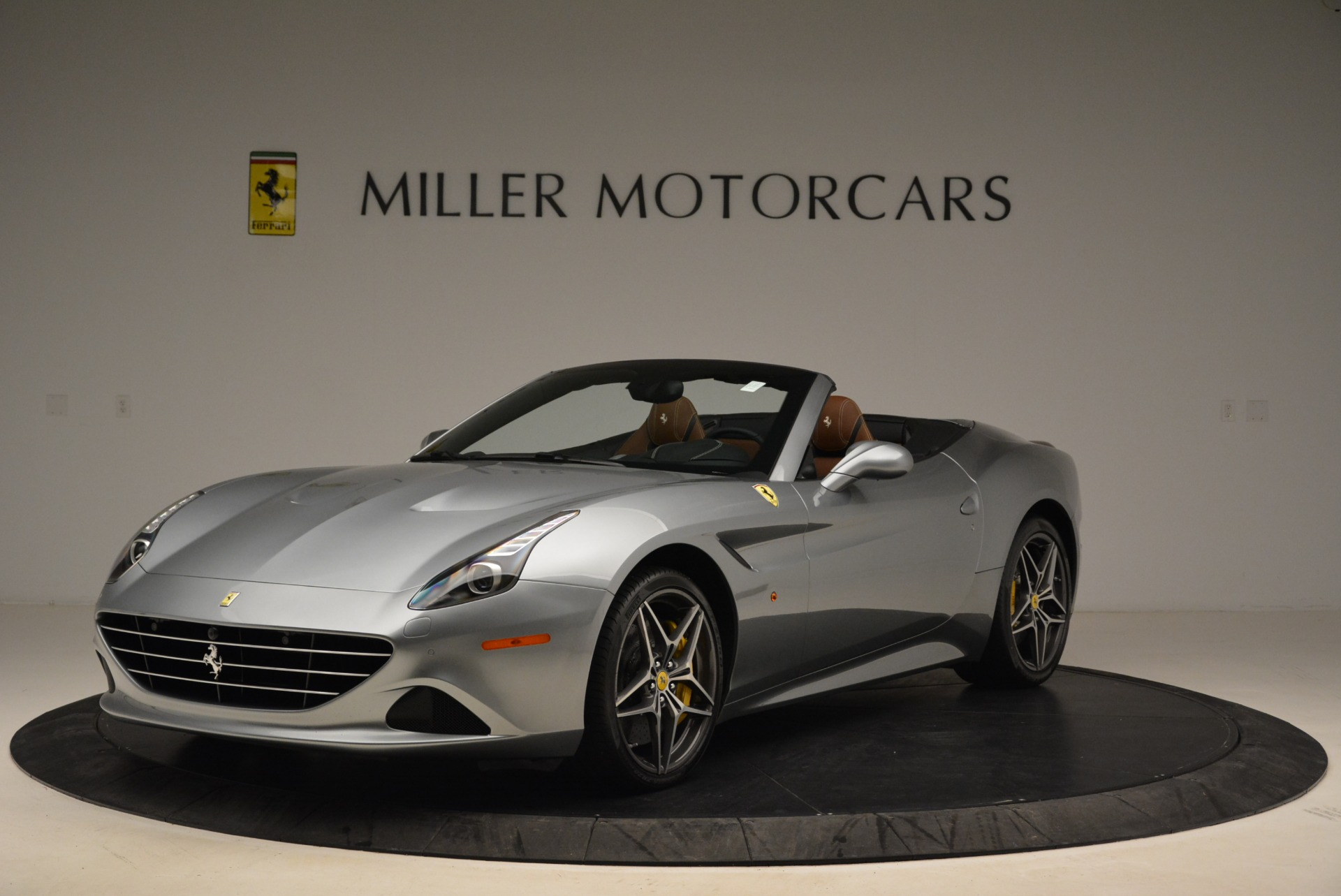Used 2018 Ferrari California T for sale Sold at Pagani of Greenwich in Greenwich CT 06830 1