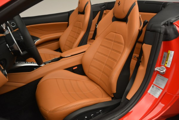 Used 2016 Ferrari California T Handling Speciale for sale Sold at Pagani of Greenwich in Greenwich CT 06830 27