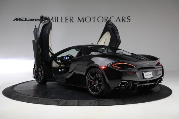 Used 2018 McLaren 570S Spider for sale Sold at Pagani of Greenwich in Greenwich CT 06830 24
